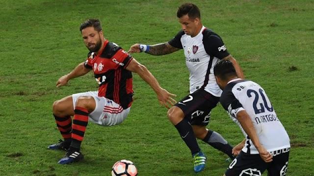 Flamengo aplica goleada no San Lorenzo e estreia bem na Libertadores.