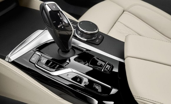 features-BMW-6-series-GT