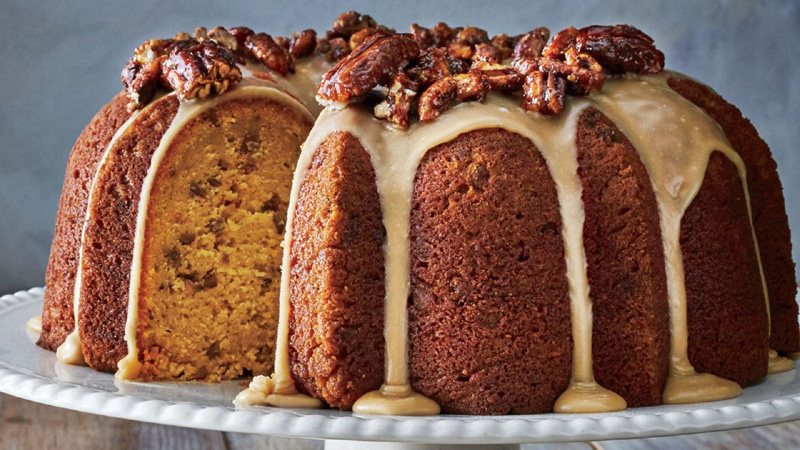 Pumpkin-Spice Bundt Cake