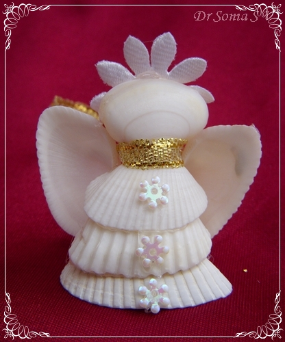 Cards crafts kids projects shell crafts shell angels for Seashell ornaments craft