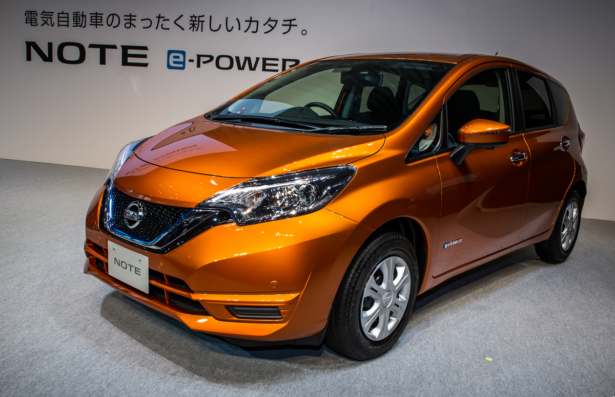 after beating the prius in japan nissan s e power hybrids may go global. Black Bedroom Furniture Sets. Home Design Ideas