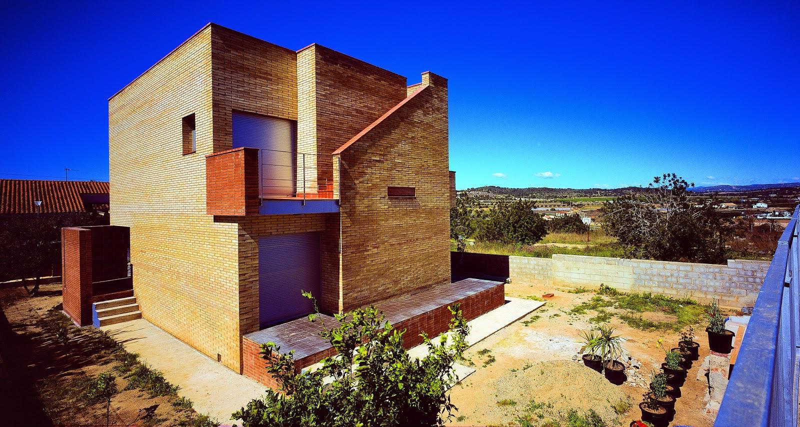 Aguilera guerrero agua arquitectos casa julio - Arquitectos tarragona ...