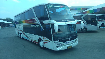 Foto Bus Sinar Jaya Tingkat 1DD