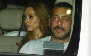 Iulia Vantur is in awe of Salman's family!2.jpg