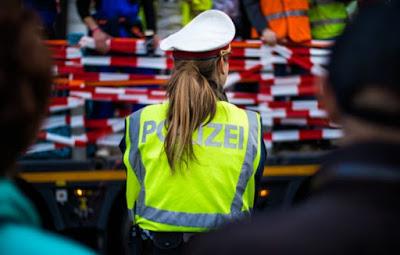 مظاهرات,في,فيينا,بالرغم,من,الحظر