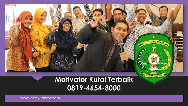 Motivator Kutai, motivator kutai kartanegara, motivator kutai terbaik, jasa motivator kutai, motivator di kutai, pembicara seminar kutai, training motivasi karyawan kutai, motivator perusahaan kutai,