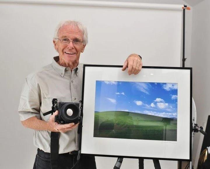 Así es como se ve ahora la colina del icónico fondo de pantalla de Windows XP… 25 años después