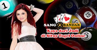 Kaya dari Judi di Situs Togel Online