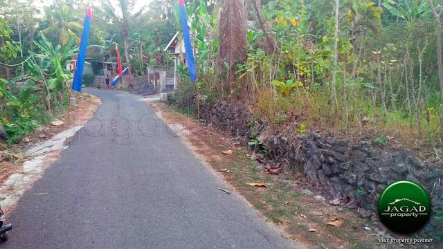 Tanah Tepi jalan Aspal di Argomulyo, Sedayu