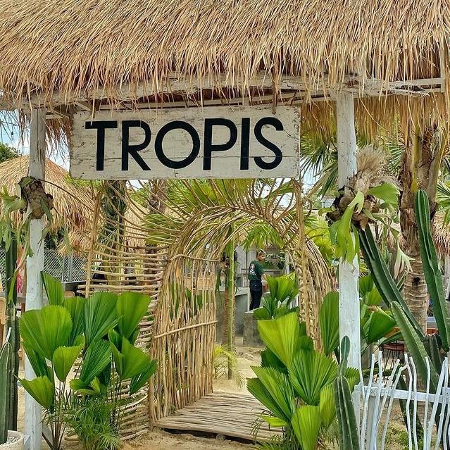 Tropis Cafe UMS Solo