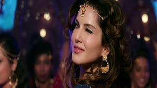 Sunny Leone Blink Eye In Laila Main Laila Song Of Raees Movie Photos