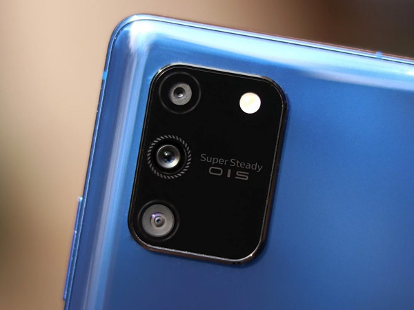 كاميرا Galaxy S10 Lite