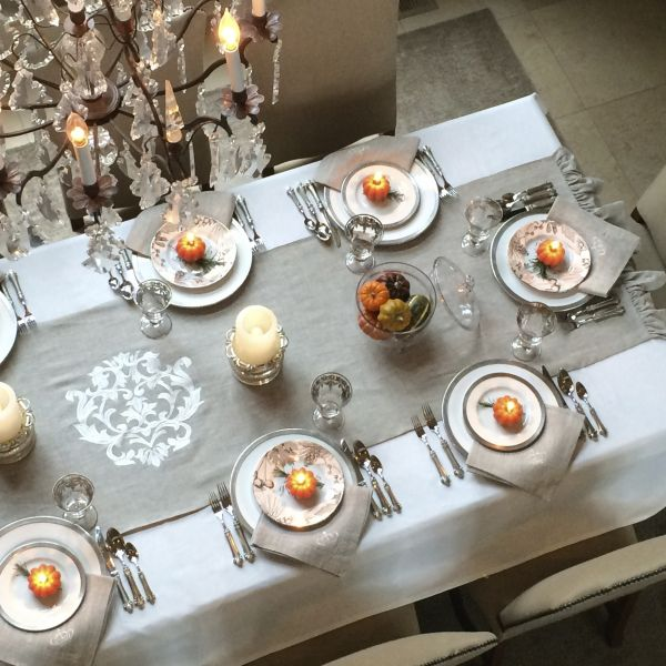 Sammi S Blog Of Life Set Your Table With Crown Linens This