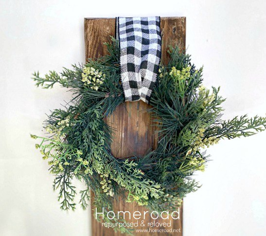 Transitional Wreath Decoration for the Winter Months