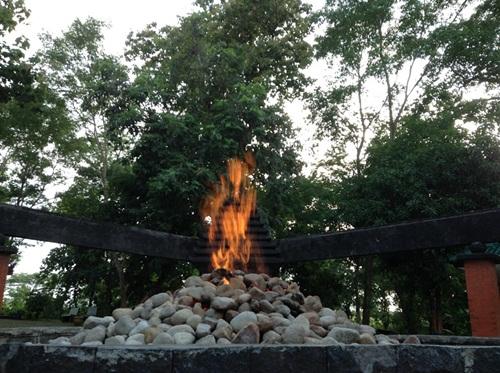 tempat-wisata-kayangan-api-bojonegoro