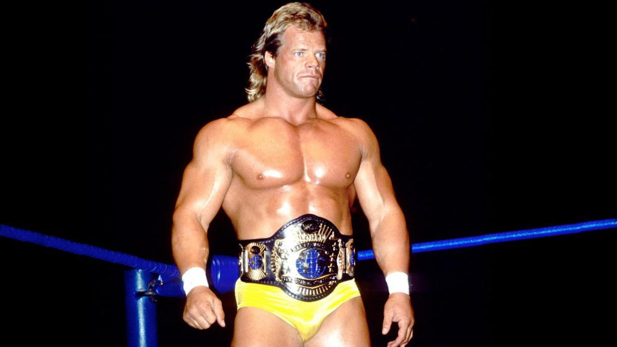 Corey Graves comenta se Lex Luger merece entrar no WWE Hall of Fame