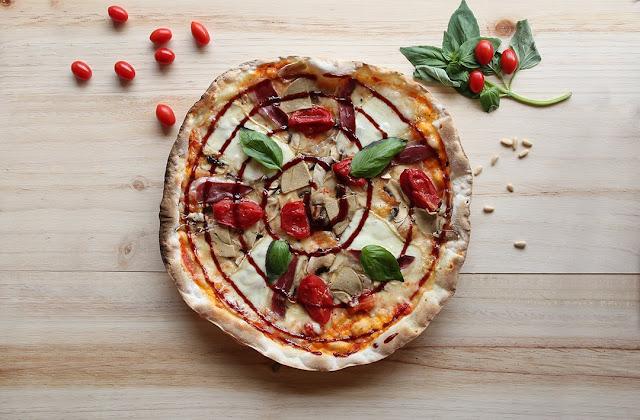 pizza-la-tagliatella