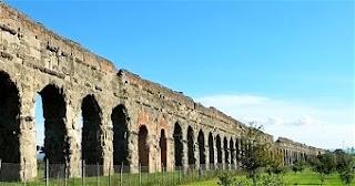 ruderi di acquedotto romano