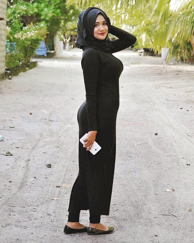 cewek dan ibu desa cantik selfie pakai hijab manis