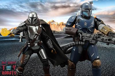 S.H. Figuarts The Mandalorian (Beskar Armor) 71