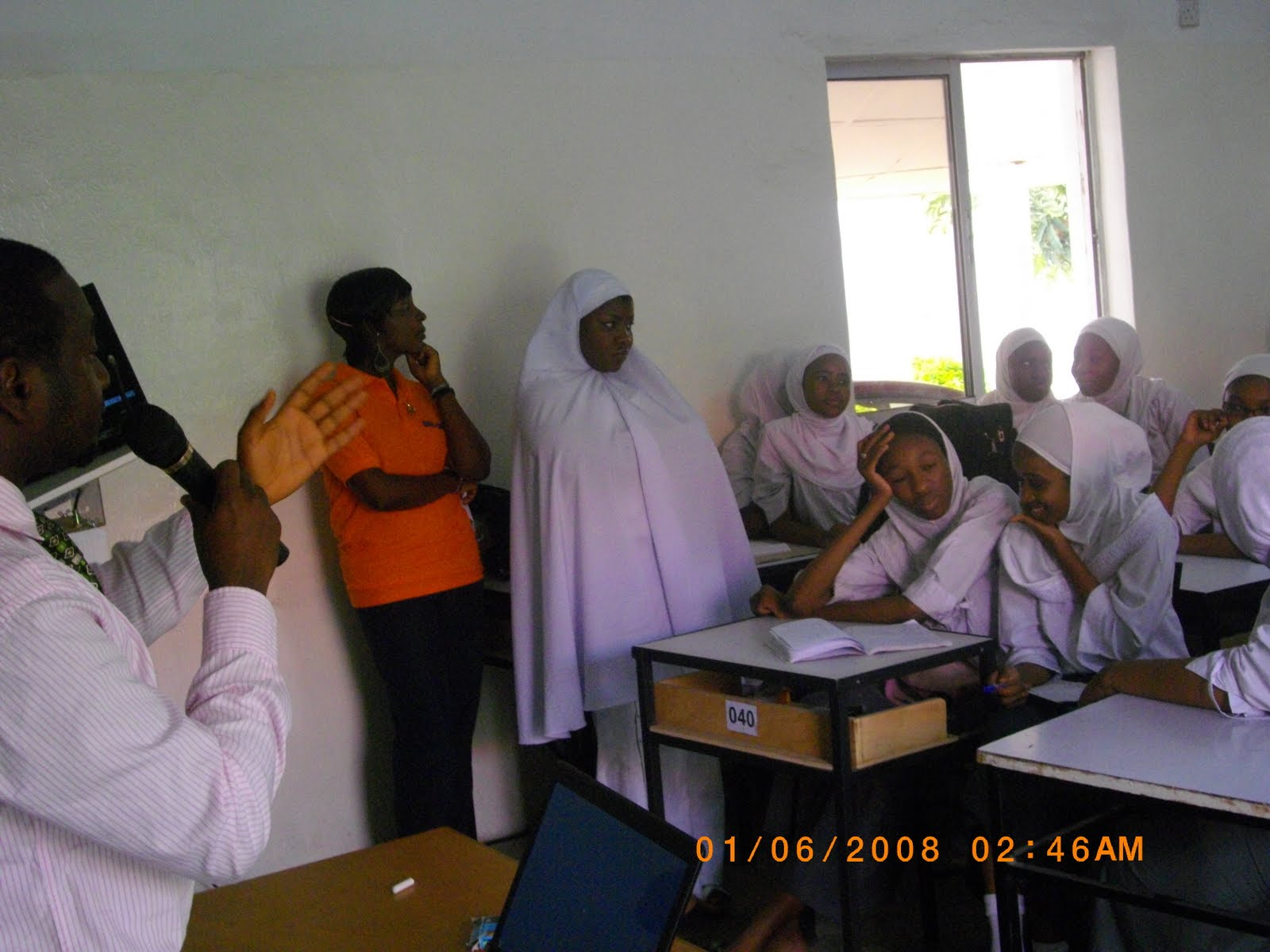 yandutse our community career talk a career talk on breast cancer was held for the s s s 3 student of yandutse college kano by a non governmental organization n g o a i e s e c on 14th of