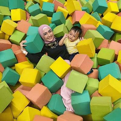 Vizza Dara dan Anaknya