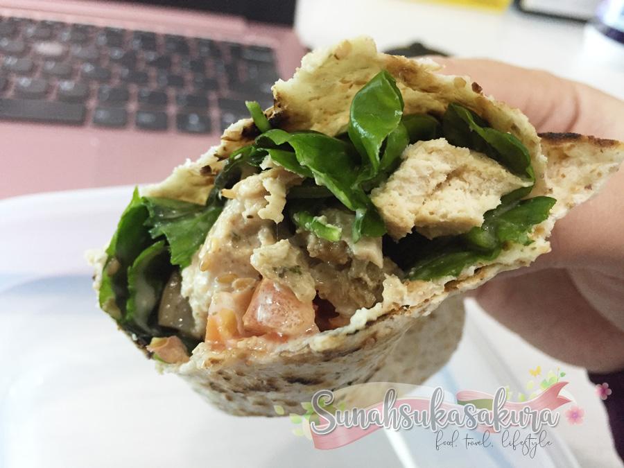 chicken and brazillian spinach tortilla wrap