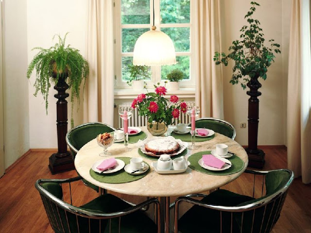 Round Kitchen Tables with Feng Shui touch Round Kitchen Tables with Feng Shui touch 18979582 feng shui your dining table t5a0ce632
