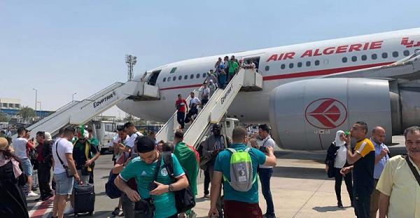 6 طائرات عسكرية لنقل الأنصار نحو القاهرة لتشجيع الخضر