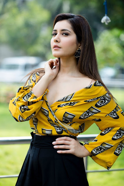 Raashi Khanna  IMAGES, GIF, ANIMATED GIF, WALLPAPER, STICKER FOR WHATSAPP & FACEBOOK