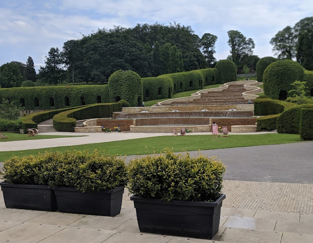 13 North East Days Out which are perfect to enjoy with Grandparents  - Alnwick garden