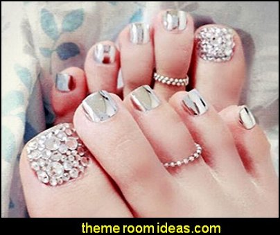 False Nail for Toe Chic Exquisite Bling Rhinstones Bridal Fake Nail for Toes Full Cover Nail Tips - Press on Nail Short Square with Glue and Adhesive Tab for women and girls