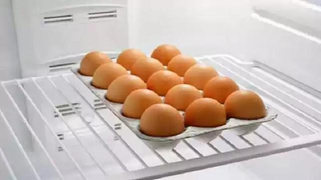 telur dalam kulkas