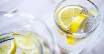 Konsumsi Air Lemon