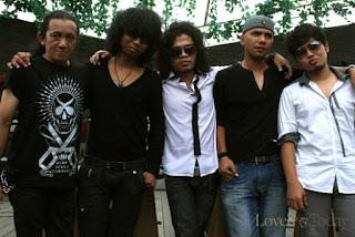 Download kumpulan Lagu mp3 Blackout Band