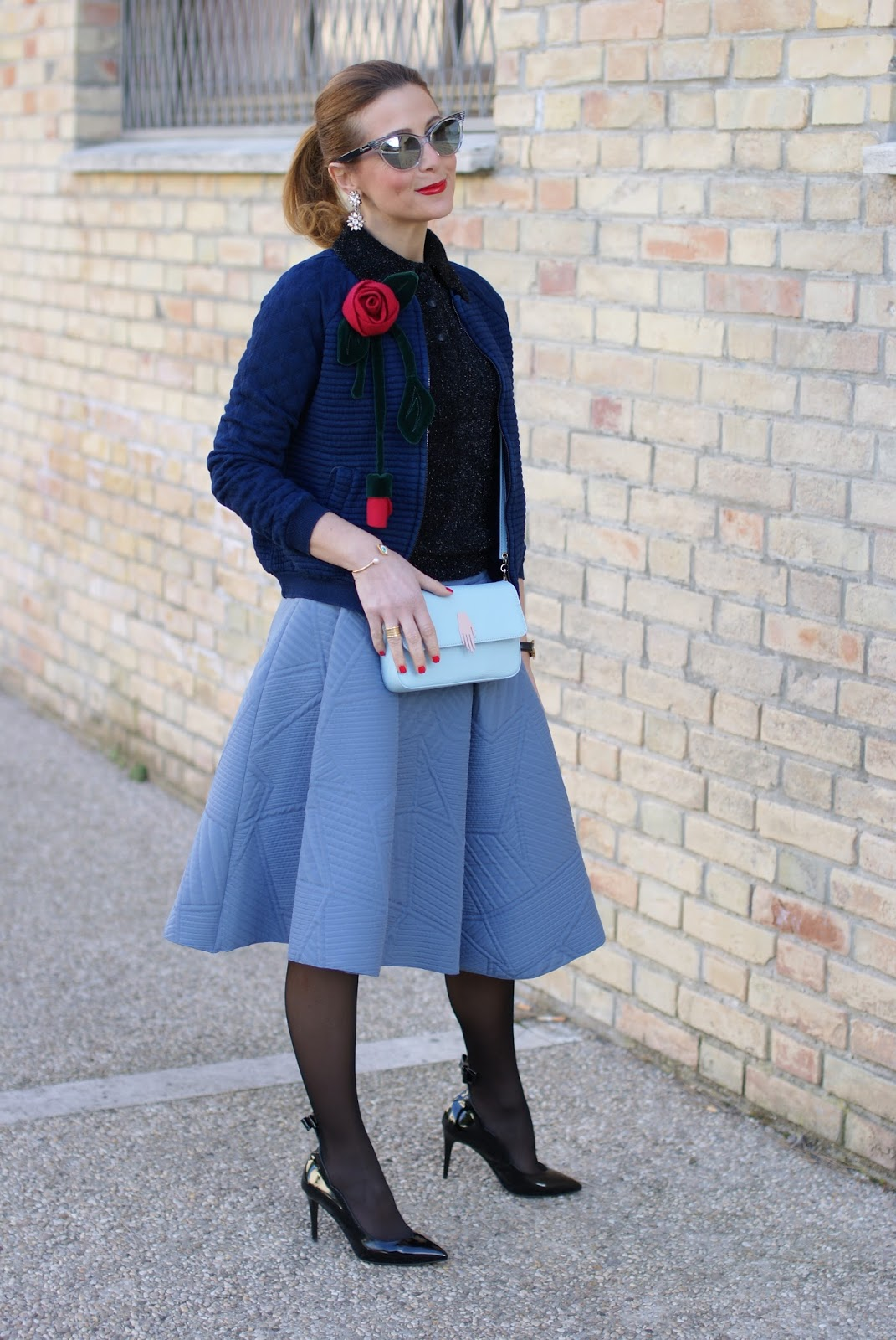 Valentine's day romantic outfit with bomber jacket, asymmetrical midi skirt, Sergio Amaranti bow pumps on Fashion and Cookies fashion blog, fashion blogger style