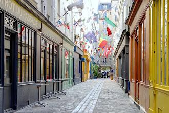 Paris : Passage Geffroy Didelot, le village des Batignolles en couleurs - XVIIème