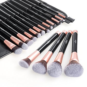 Compulsory Make-up Brushes and Their Uses