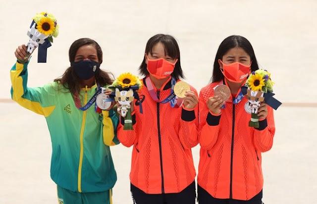 Πρόσωπα Ολυμπιακών Αγώνων: Στο σκέιτμπορντ γυναικών το νεότερο ηλικιακά βάθρο
