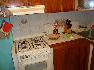 1 habitación, 1 baño, cocina empotrada, 30 mts..0212.4223247/04123605721