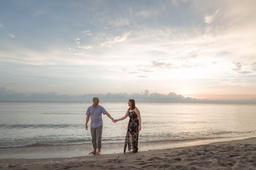 Sanibel Island Engagement Pictures | Florida Photographer
