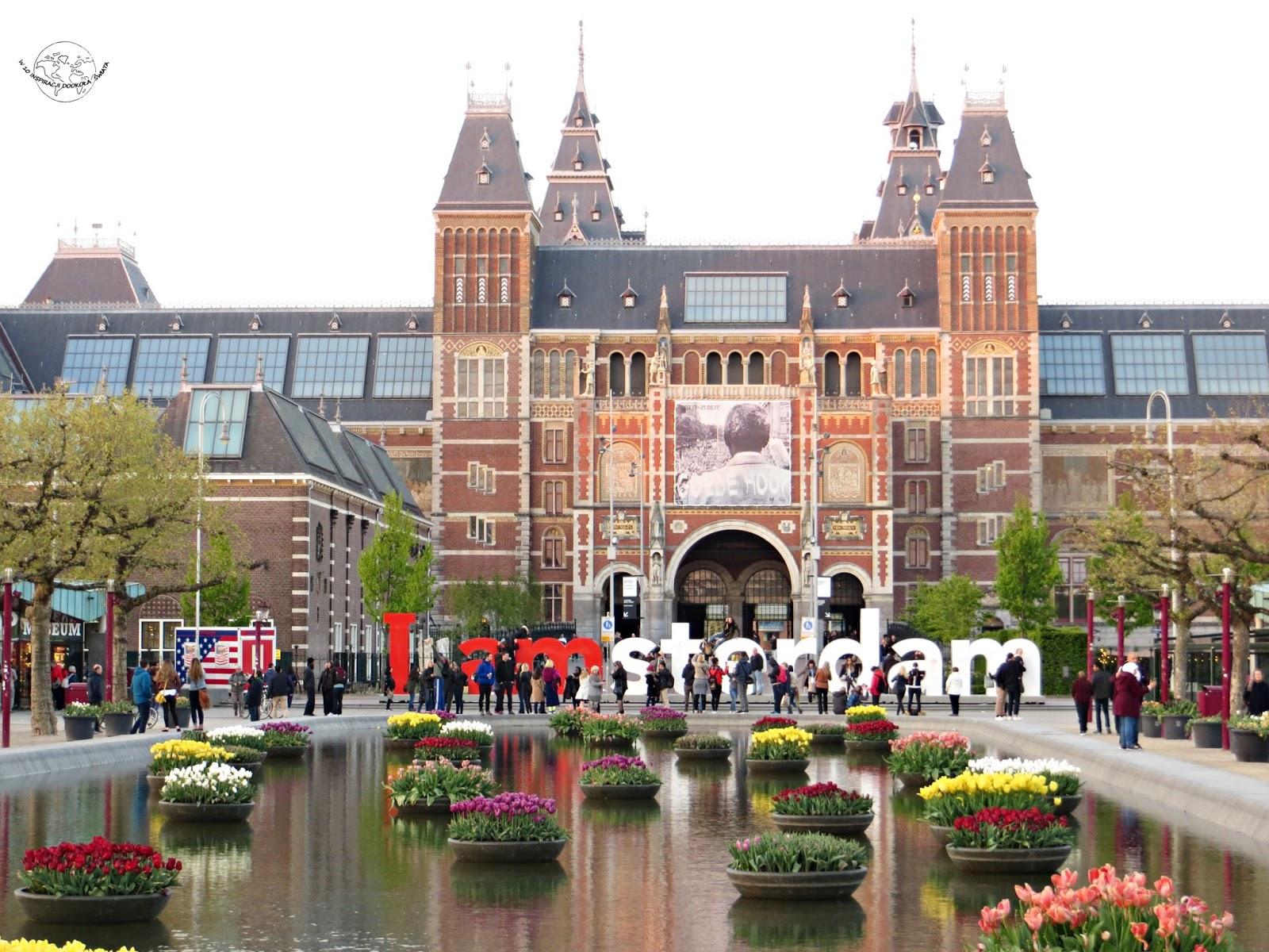 Amsterdam- pomarańczowe miasto  rowerów, kanałów i rozpusty