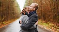 Abraços fazem bem a saúde! 5 explicações científicas para o fato