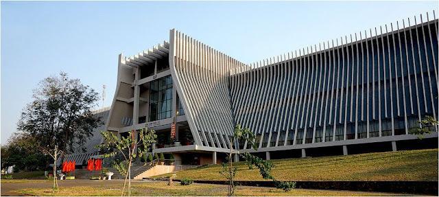 Kiến trúc độc đáo của bảo tàng Dân Tộc - Ảnh: CanhphucD701