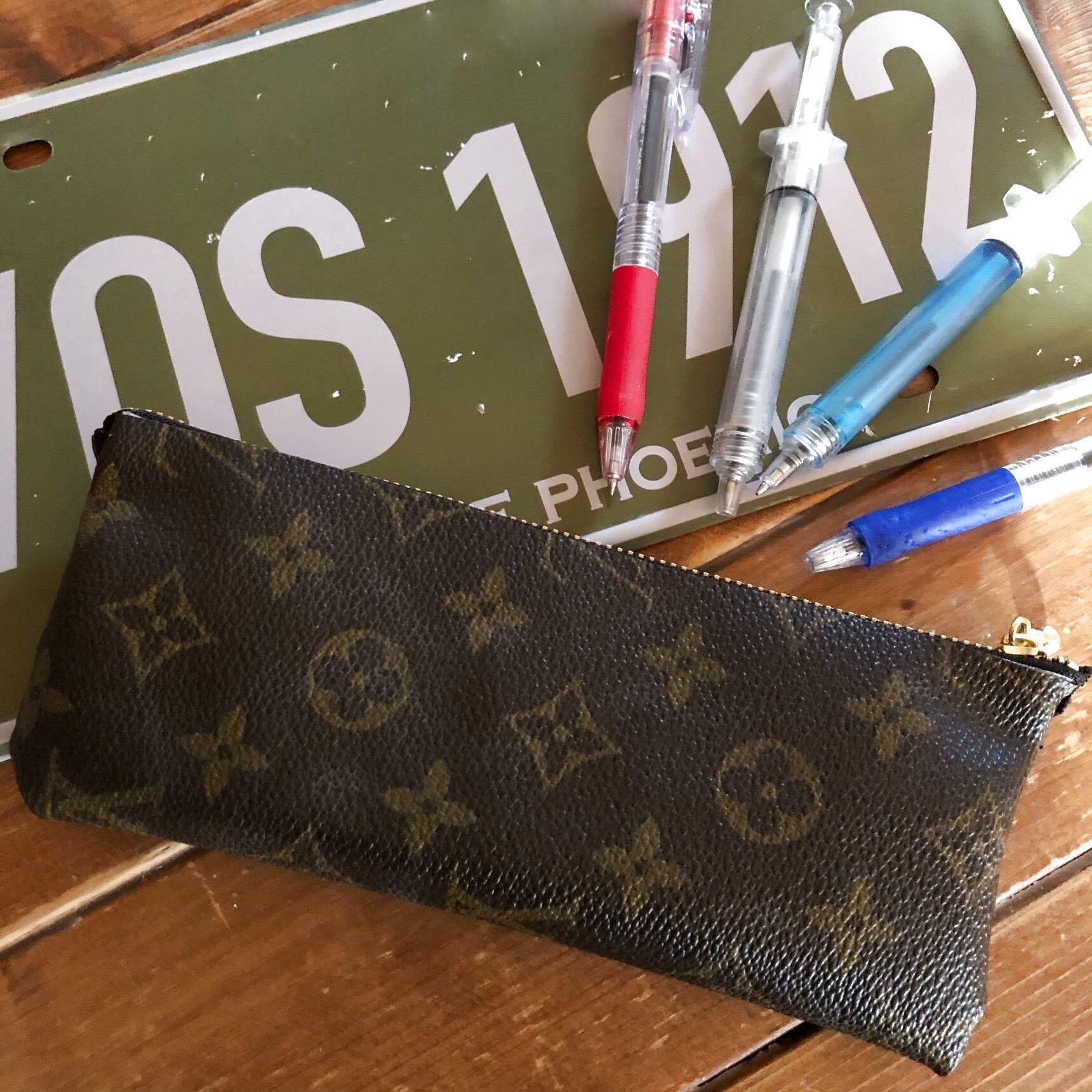 Hộp bút tự làm từ túi xách hỏng