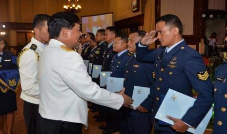 NasDem Ingatkan TNI: Jangan Sampai Prajurit Ideologi Radikal Semakin Banyak