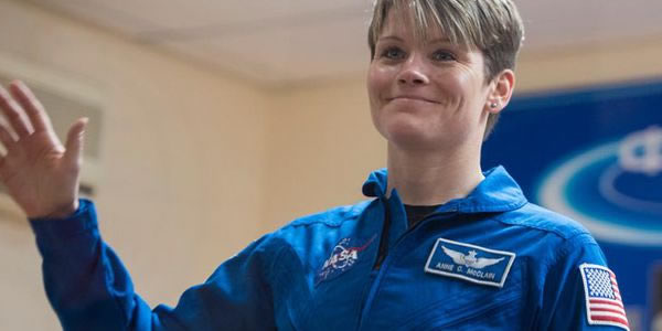Astronauta da NASA é acusada de hackear conta bancária do espaço