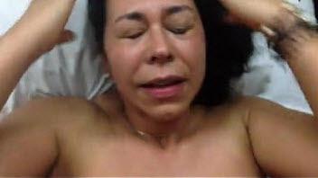 Directora de Secundaria le Encanta Chupar Semen a la muy Puta