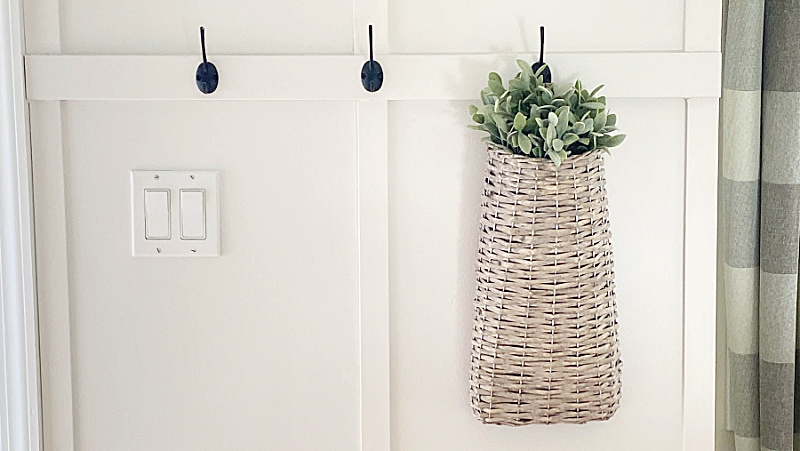 DIY Entry Board and Batten with Hooks