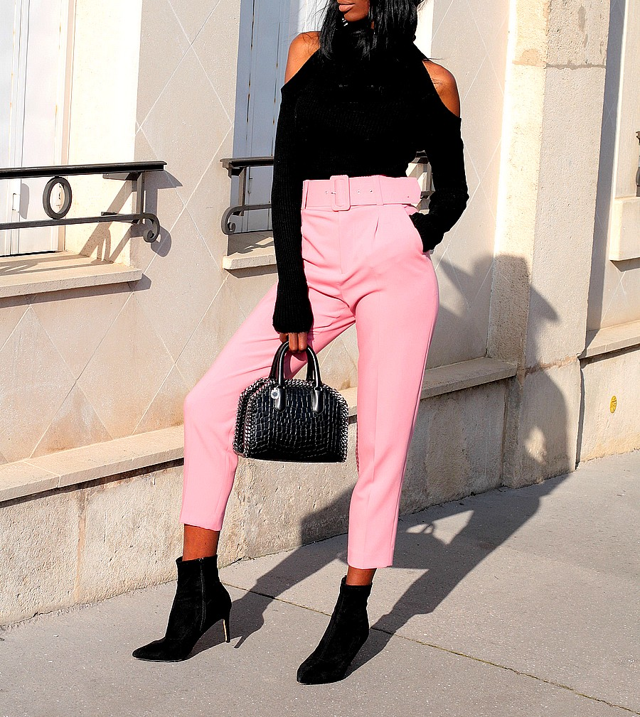 total-look-zara-chic-pantalon-tailleur-rose-sac-luxe-pull-epaules-denudees